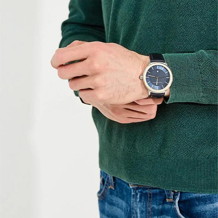 ARMANI EXCHANGE Blue Leather Strap