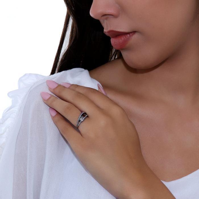 Δαχτυλίδι Λευκόχρυσος Κ18 με Διαμάντια & Μαύρο Πλατίνωμα