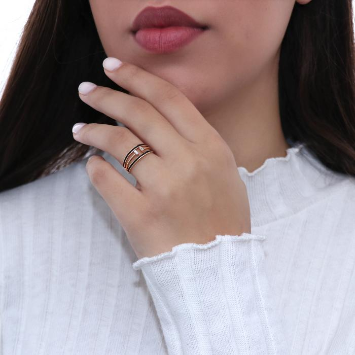 Δαχτυλίδι Ροζ Χρυσός Κ18 με Διαμάντια & Μαύρο Σμάλτο