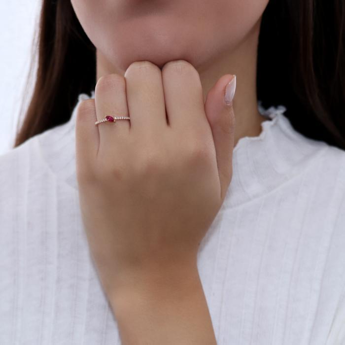 Δαχτυλίδι Ροζ Χρυσός Κ18 με Ρουμπίνι & Διαμάντια