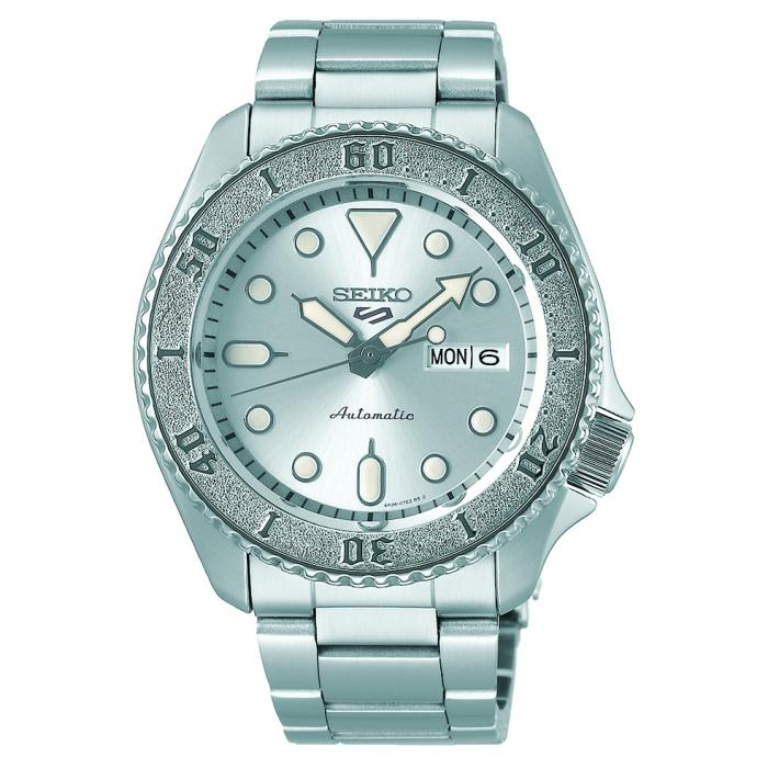 SKU-49804 / SEIKO 5 Sports Automatic Silver Stainless Steel Bracelet