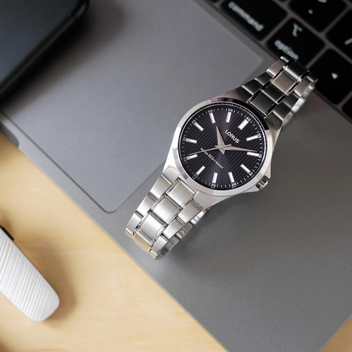 SKU-50647 / LORUS Classic Silver Stainless Steel Bracelet