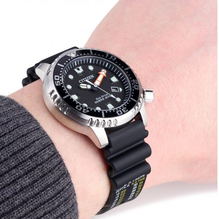 SKU-52682 / CITIZEN Eco-Drive Divers Black Rubber Strap